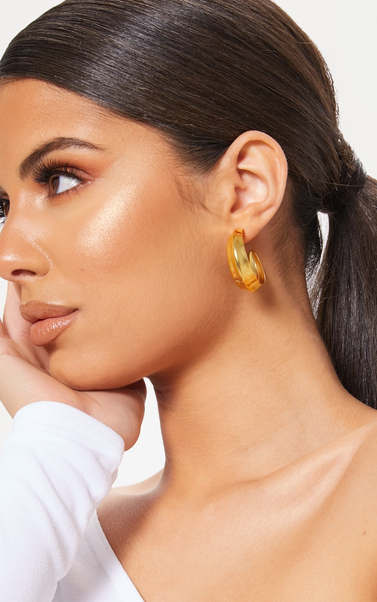Gold Flat Edge Small Hoop Earring 1