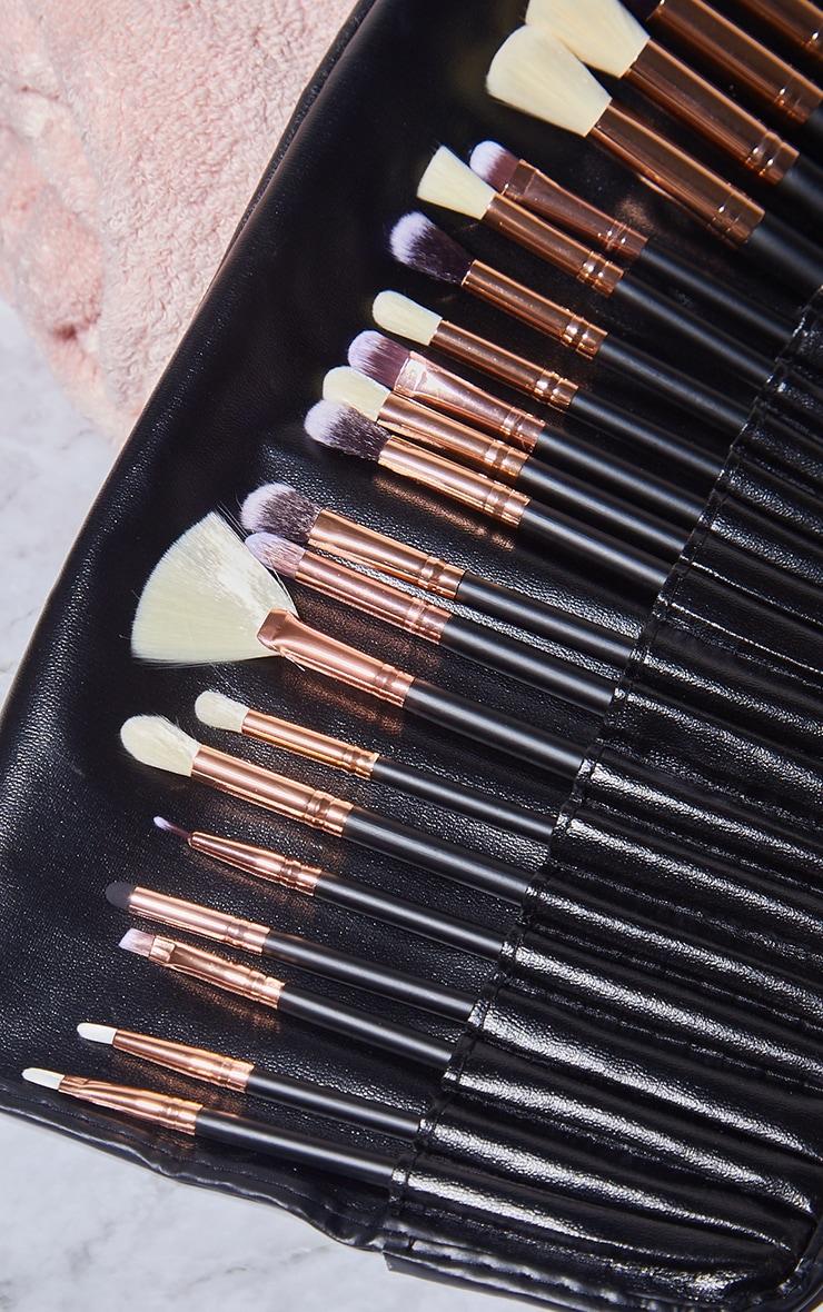 Zoe Ayla 24 Piece Makeup Brush Set 3