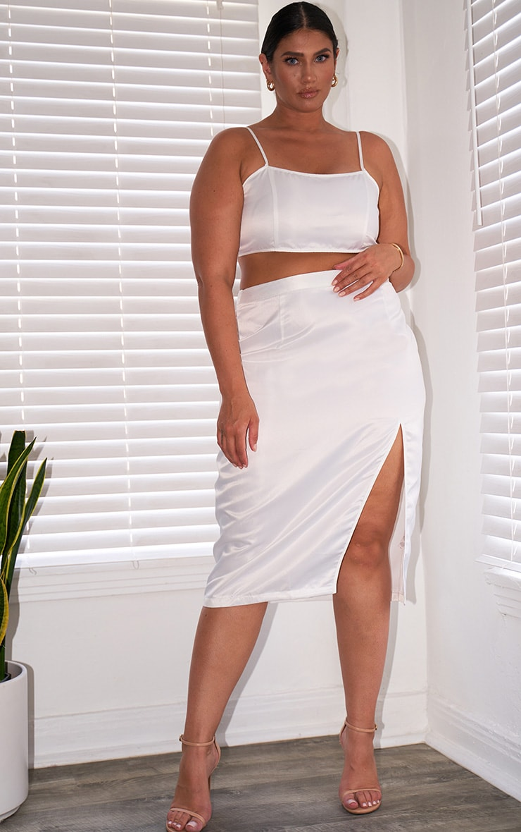 Plus White Satin Strappy Cropped Top 3