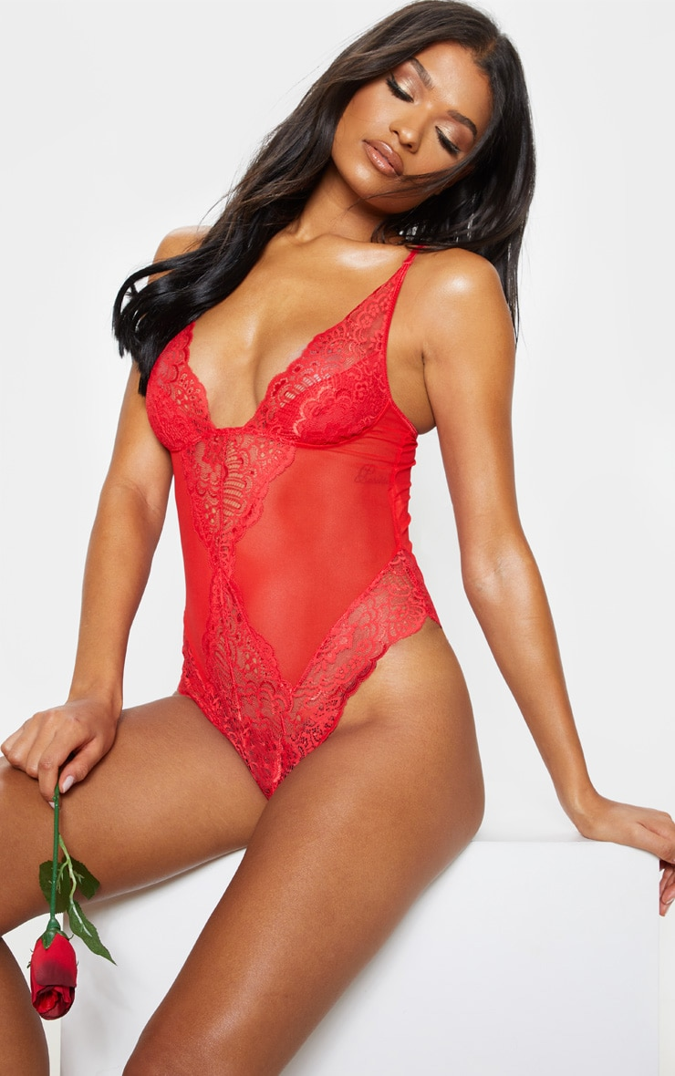 Red Scallop Lace Body 1