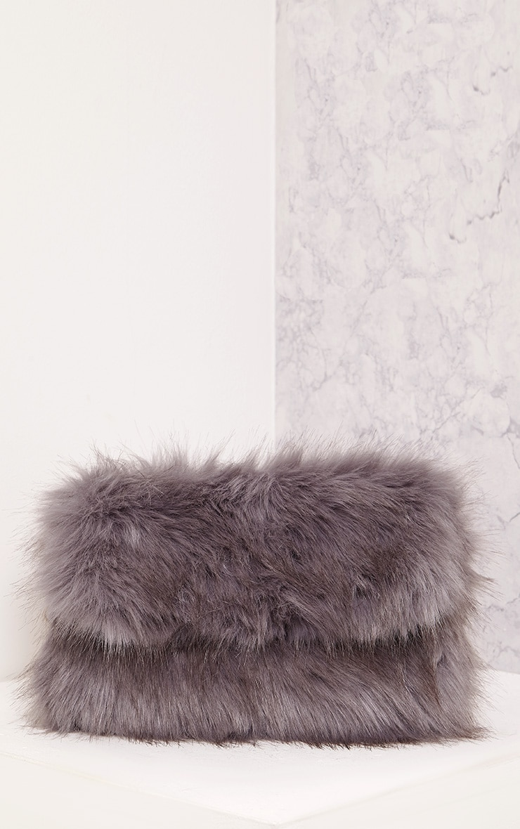 Kylah Grey Faux Fur Clutch Bag 2