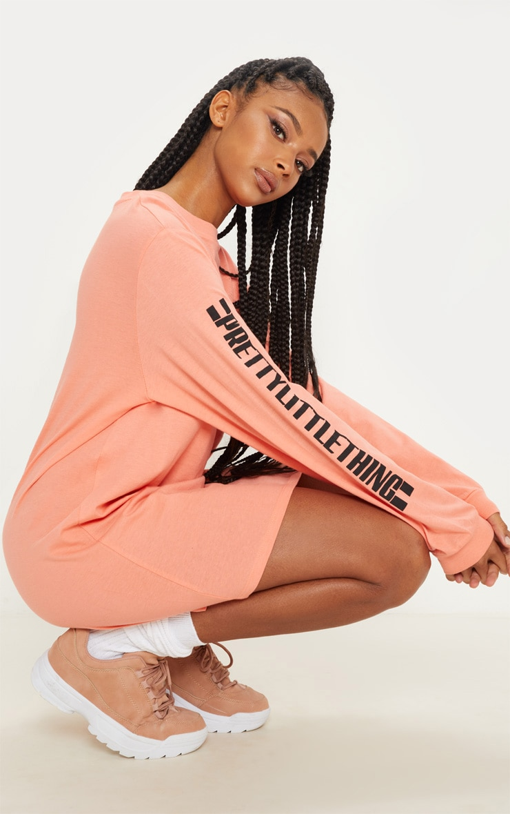 PRETTYLITTLETHING Pale Coral Oversized Long Sleeve T Shirt Dress 1