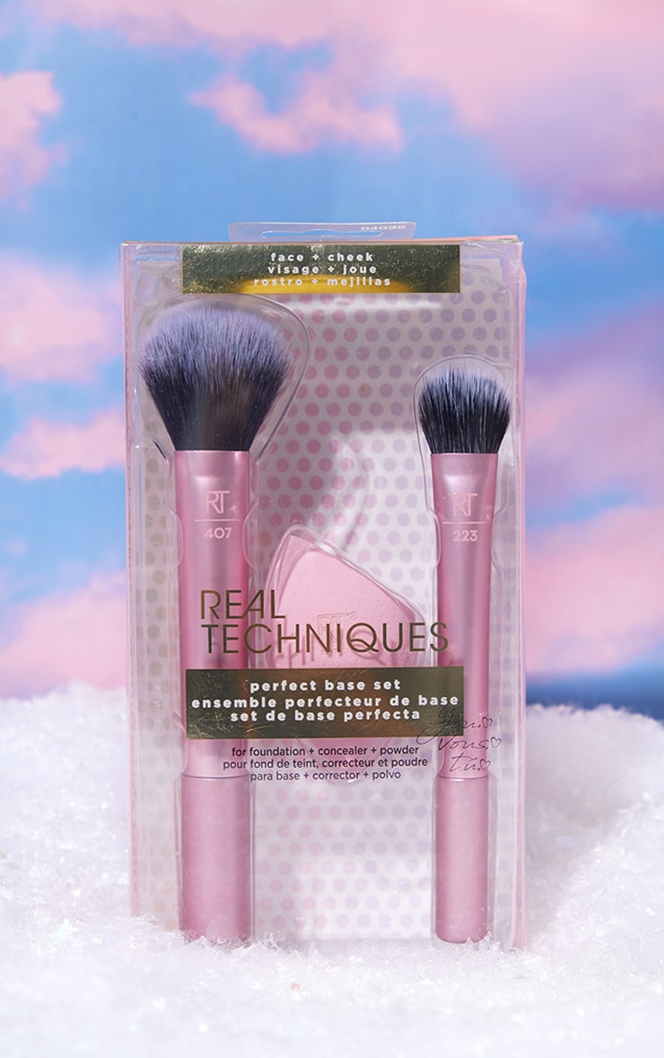 Real Techniques Perfect Base Brush Set 1