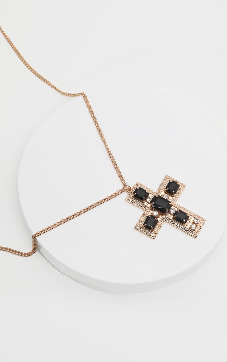 Collier long doré à grosse croix en strass et pierres noires  3