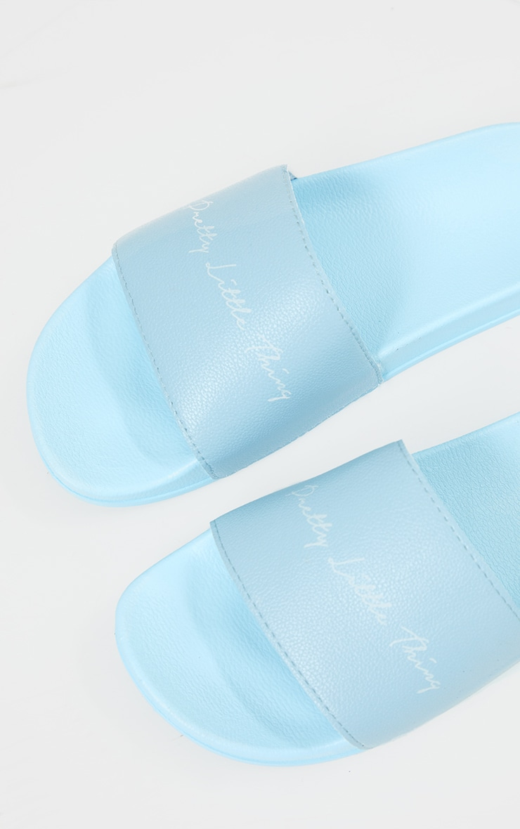 PRETTYLITTLETHING Baby Blue Graphic Slides 4