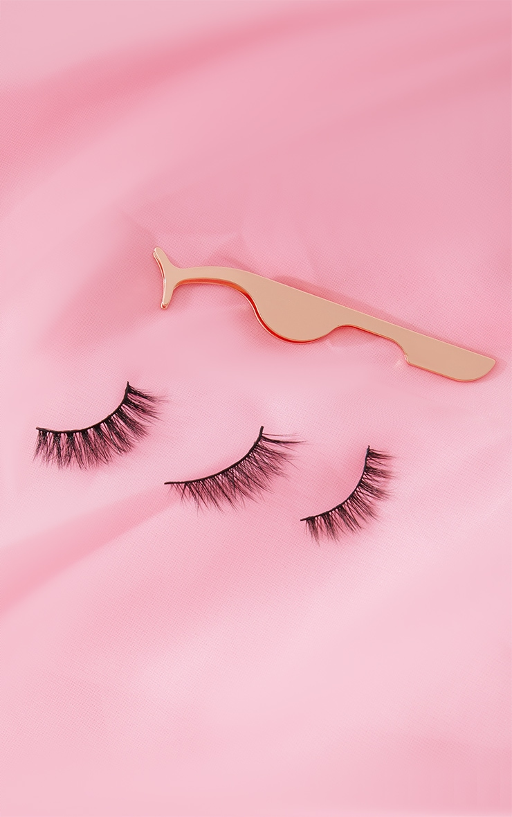 Oh My Lash AM to PM 3 Lashes and Eyelash Applicator 2