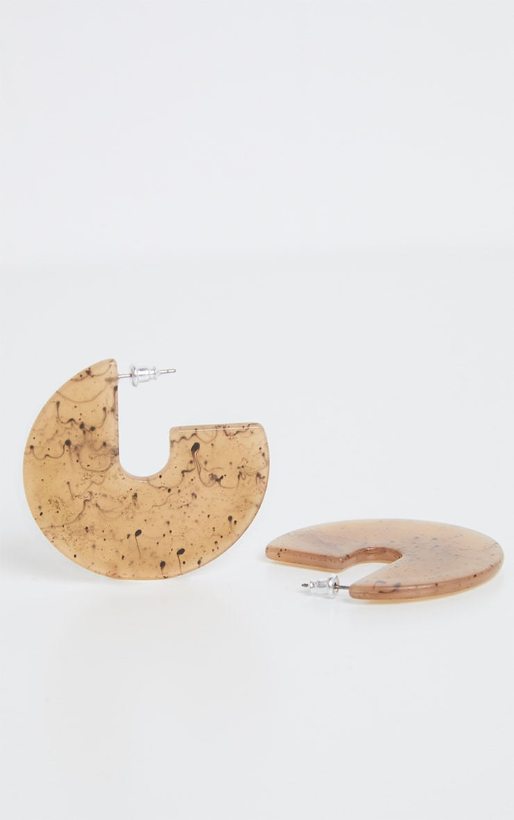 Boucles d'oreilles disque 3/4 en résine marron clair 3
