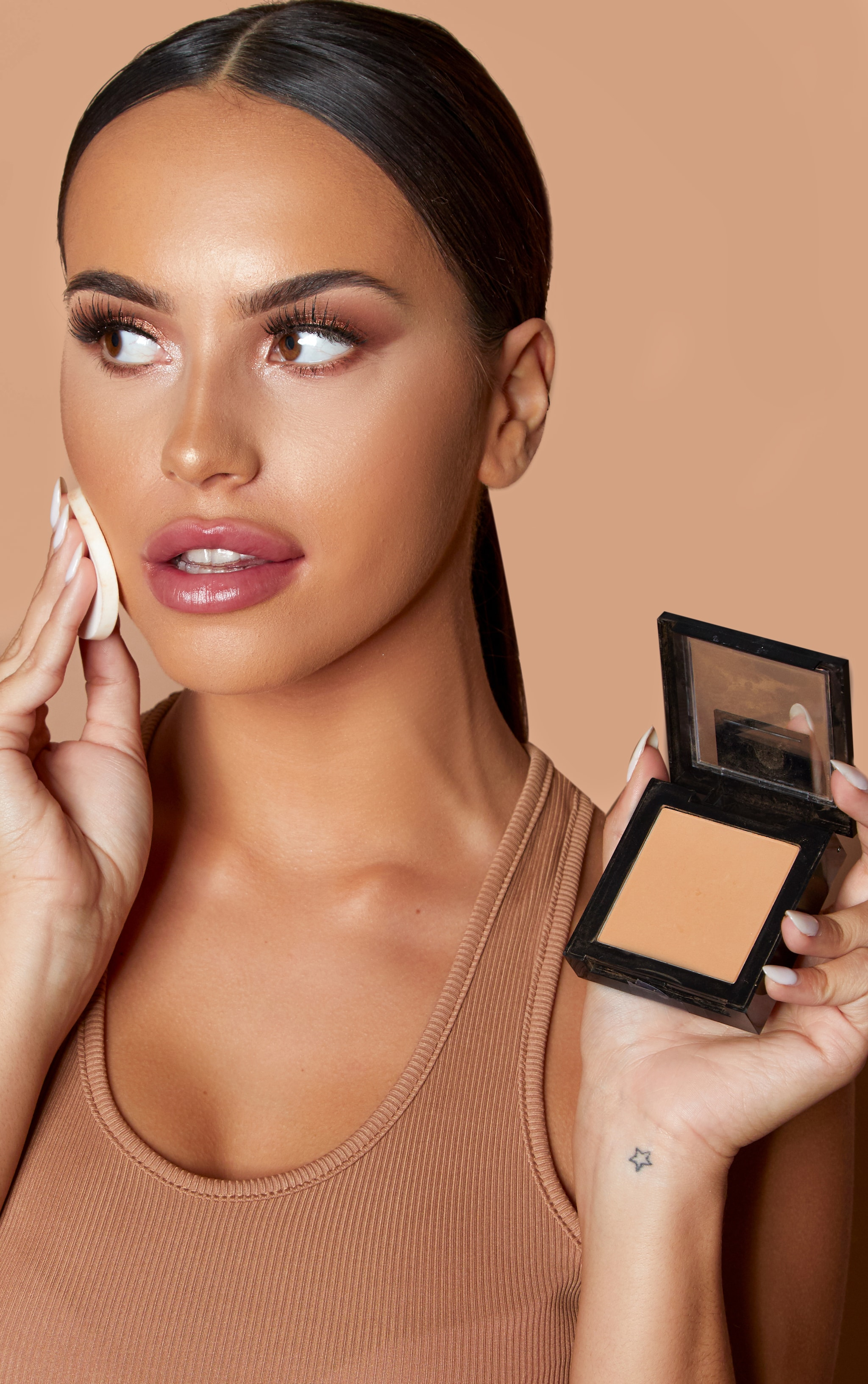 Maybelline Fit Me Pressed Face Powder 120 Classic Ivory 4