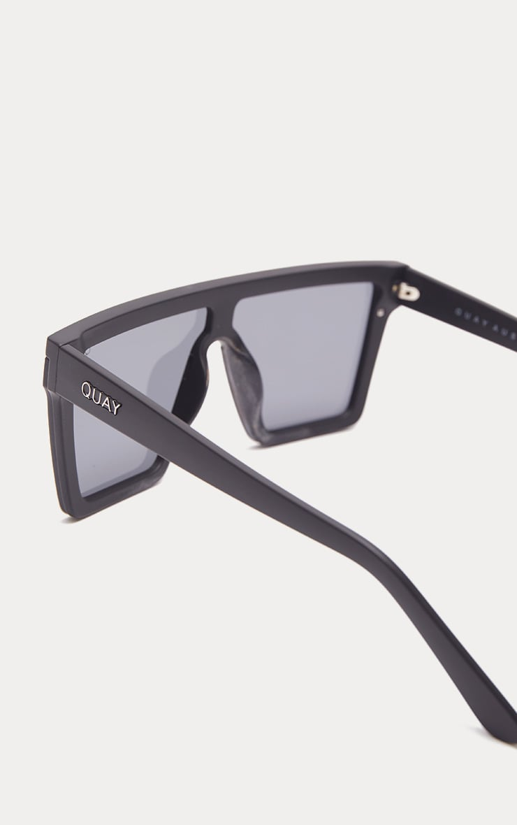QUAY AUSTRALIA Black Hindsight Flat Top Sunglasses 3