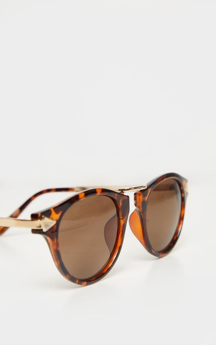Lunettes de soleil écaille de tortue marron style aviateur 4
