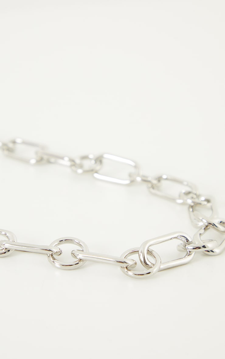 Silver Curved Square Link Necklace 3