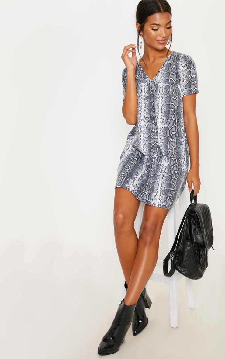 White Snake Print Short Sleeve Smock Dress 4