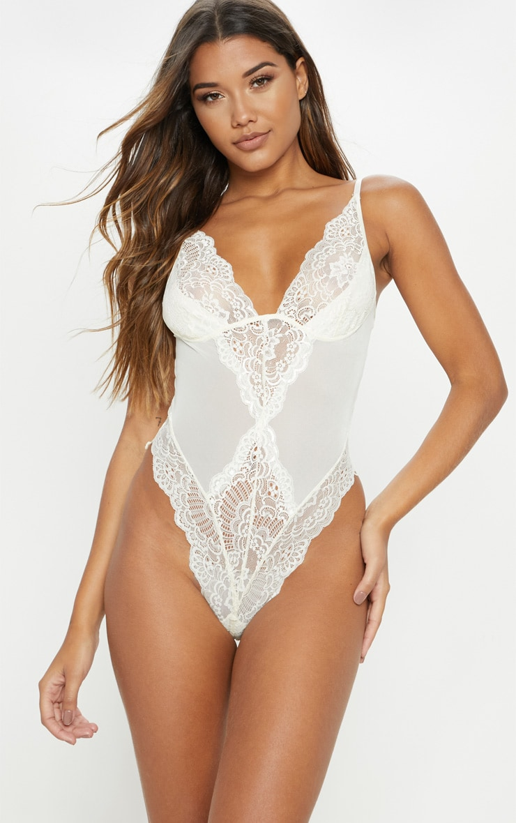Cream Scallop Lace Body 1