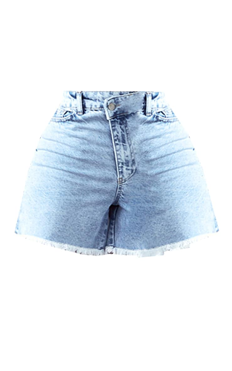 PRETTYLITTLETHING Shape Bleach Wash Asymmetric Waist Fray Hem Denim Shorts 6