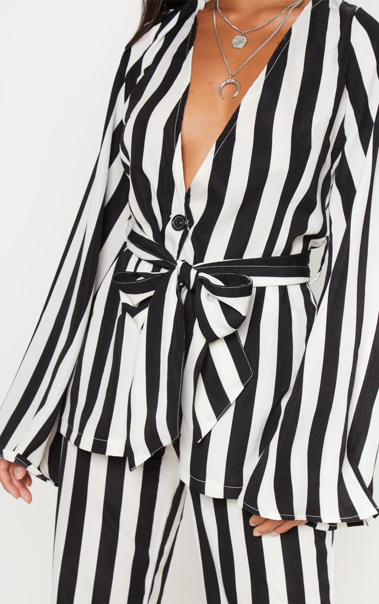 Petite Monochrome Striped Woven Belt Detail Blazer 5