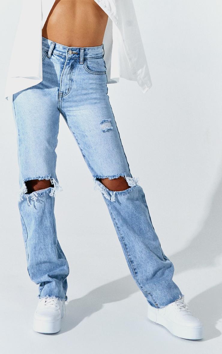 PRETTYLITTLETHING Petite Light Blue Wash Distressed Long Leg Straight Jean 2