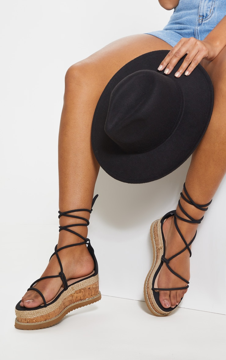 Black Lace Up Strappy Flatform Sandal 2