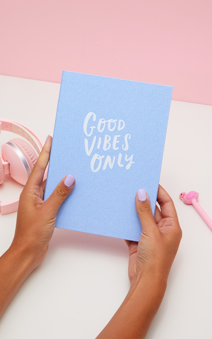 Carnet A5 bleu Good Vibes Only 1