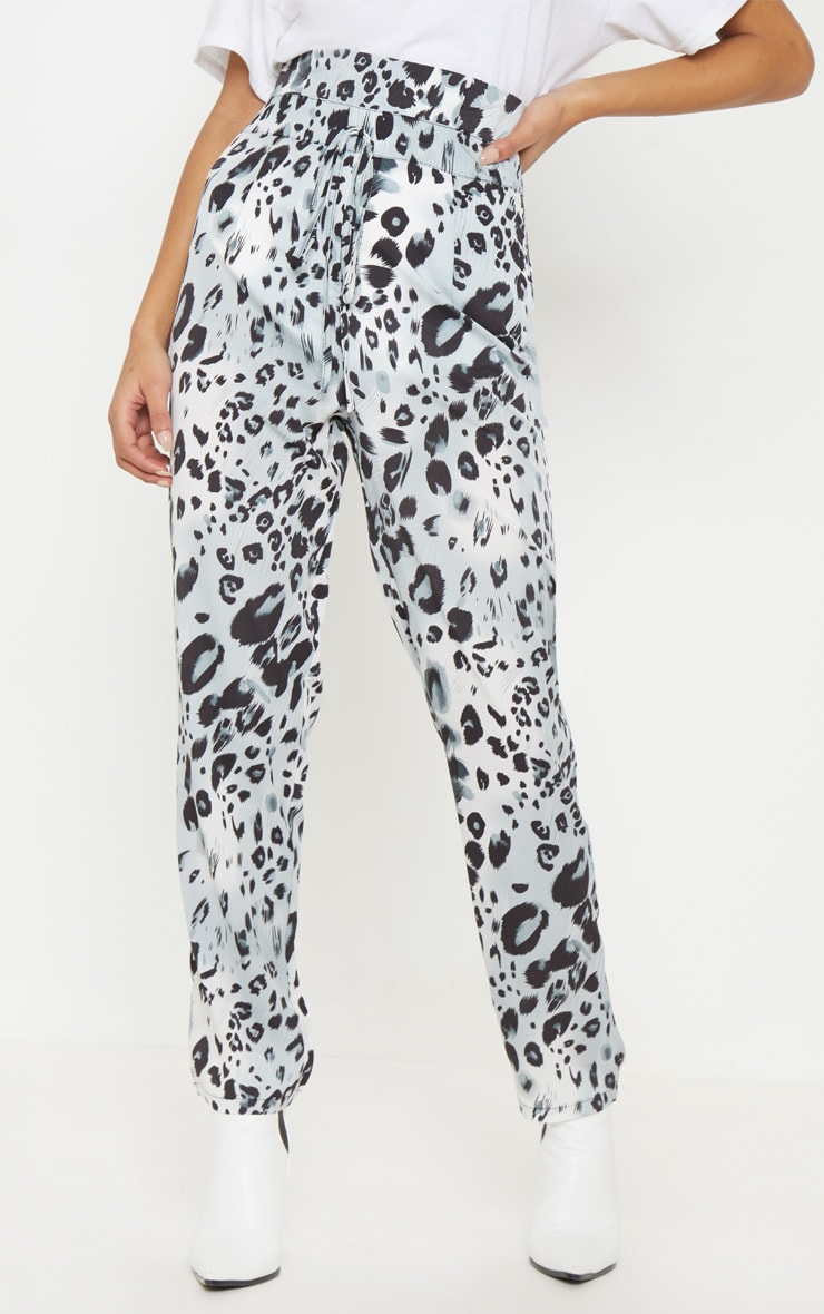 Leopard Print Paperbag Waist Tapered Leg Pants 2