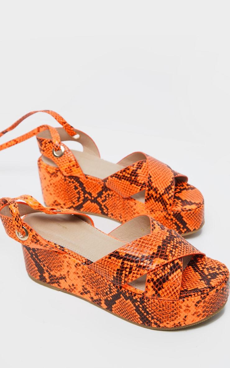 Sandales lacées imprimé serpent orange fluo à plateformes 3