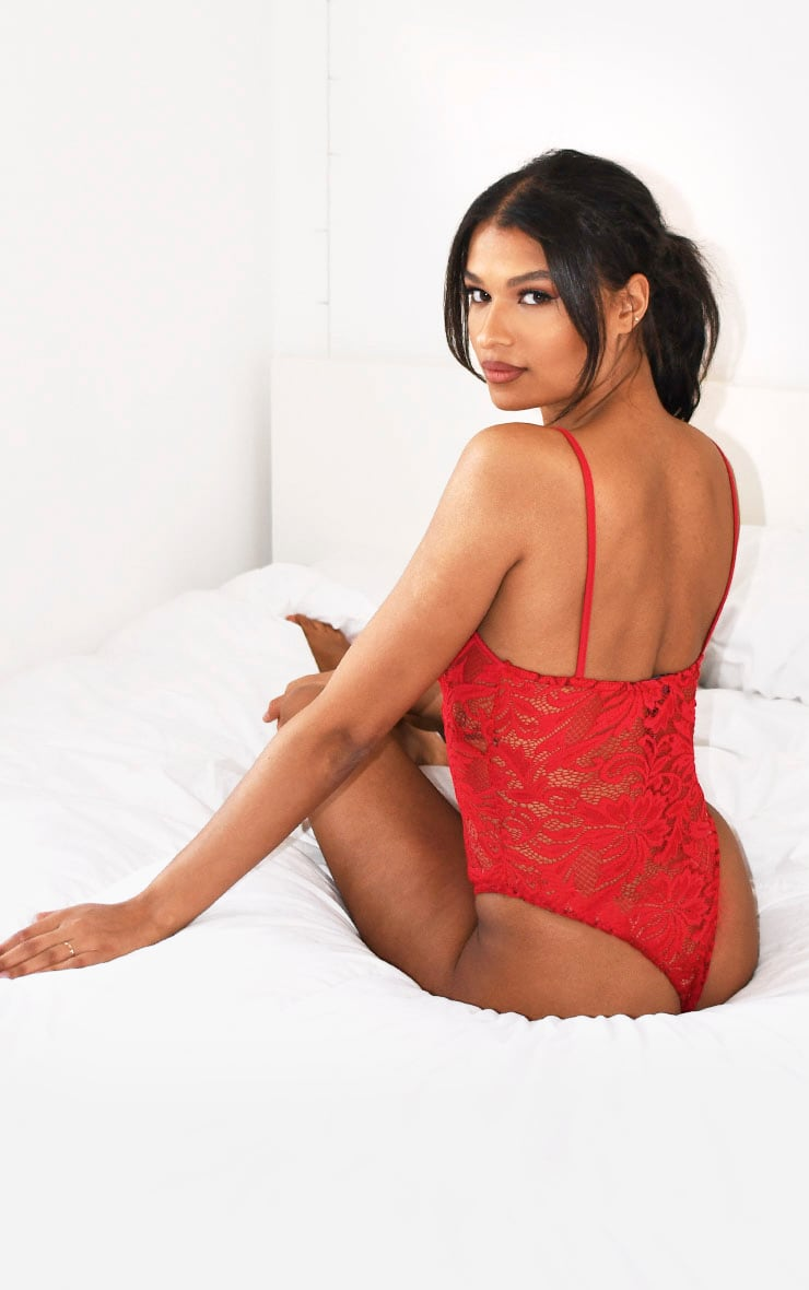 Red Basic Lace Body 2