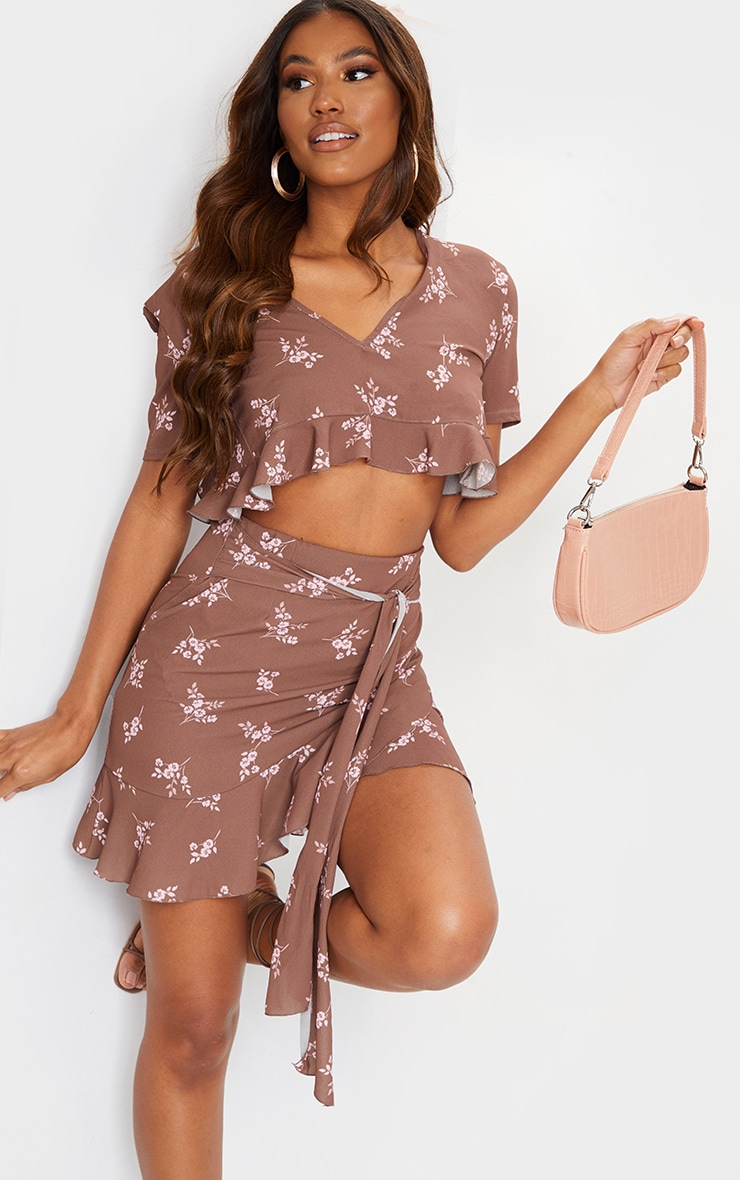 Brown Floral Print Tie Back Blouse 1