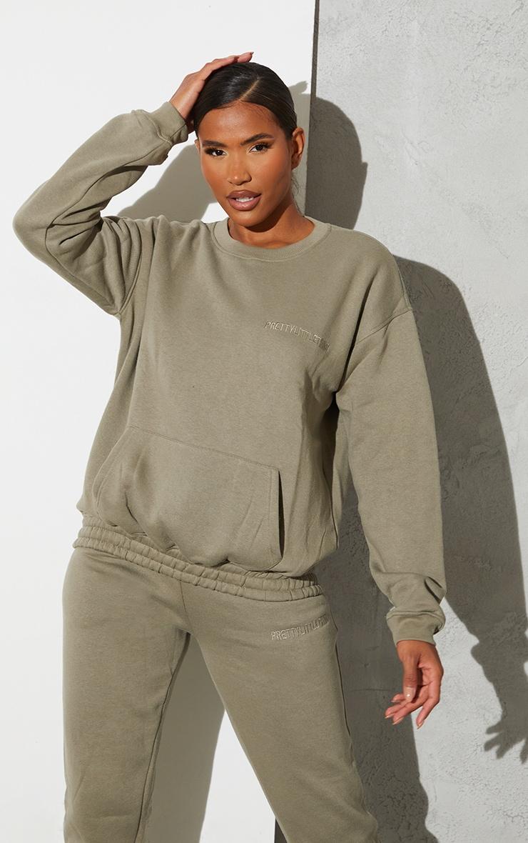 RENEW PRETTYLITTLETHING Khaki Oversized Pocket Front Sweatshirt 1