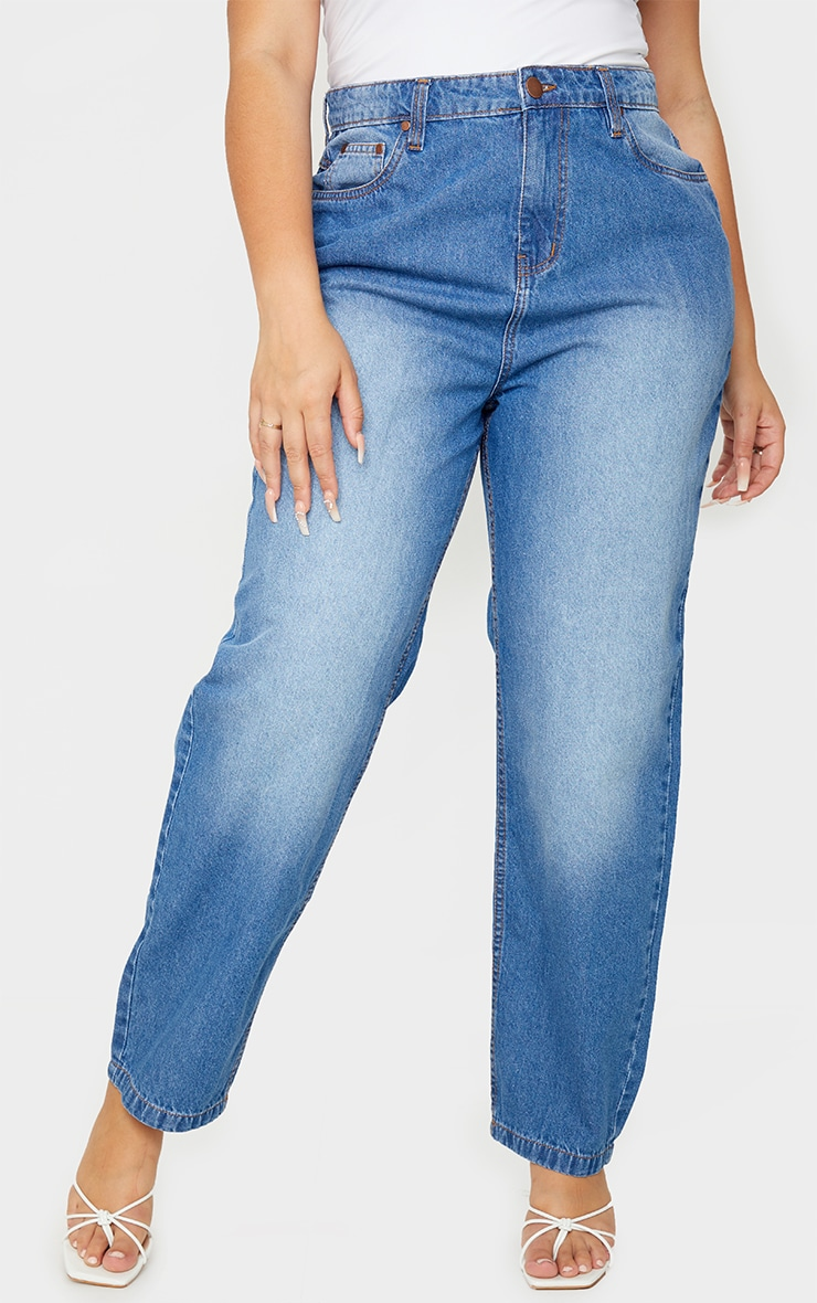 Plus Mid Blue Wash Wash Bum Rip Straight Leg Jeans 2