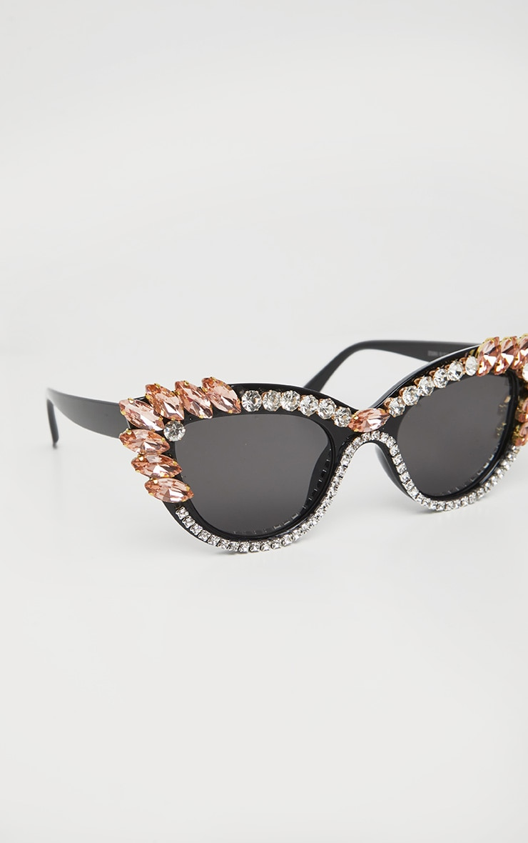Black Pointy Cat Eye Exaggerated Gemstone Border Sunglasses 3