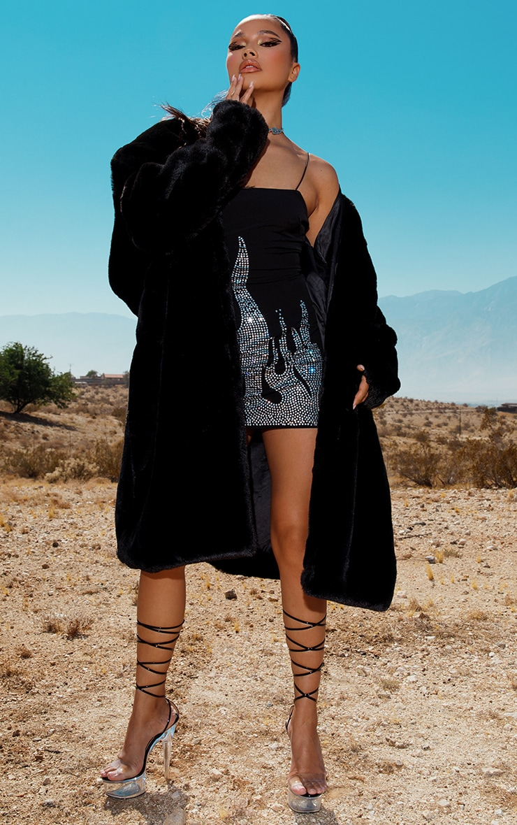 Manteau long noir fausse fourrure