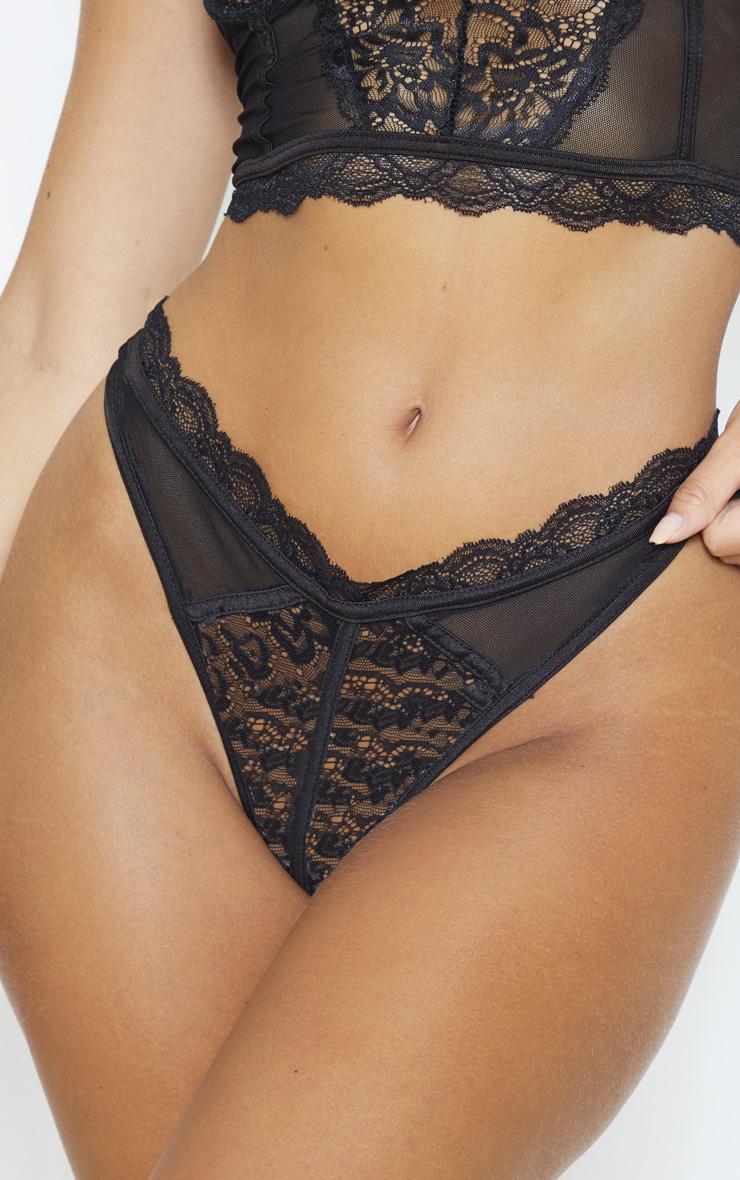 String noir en dentelle & mesh 6