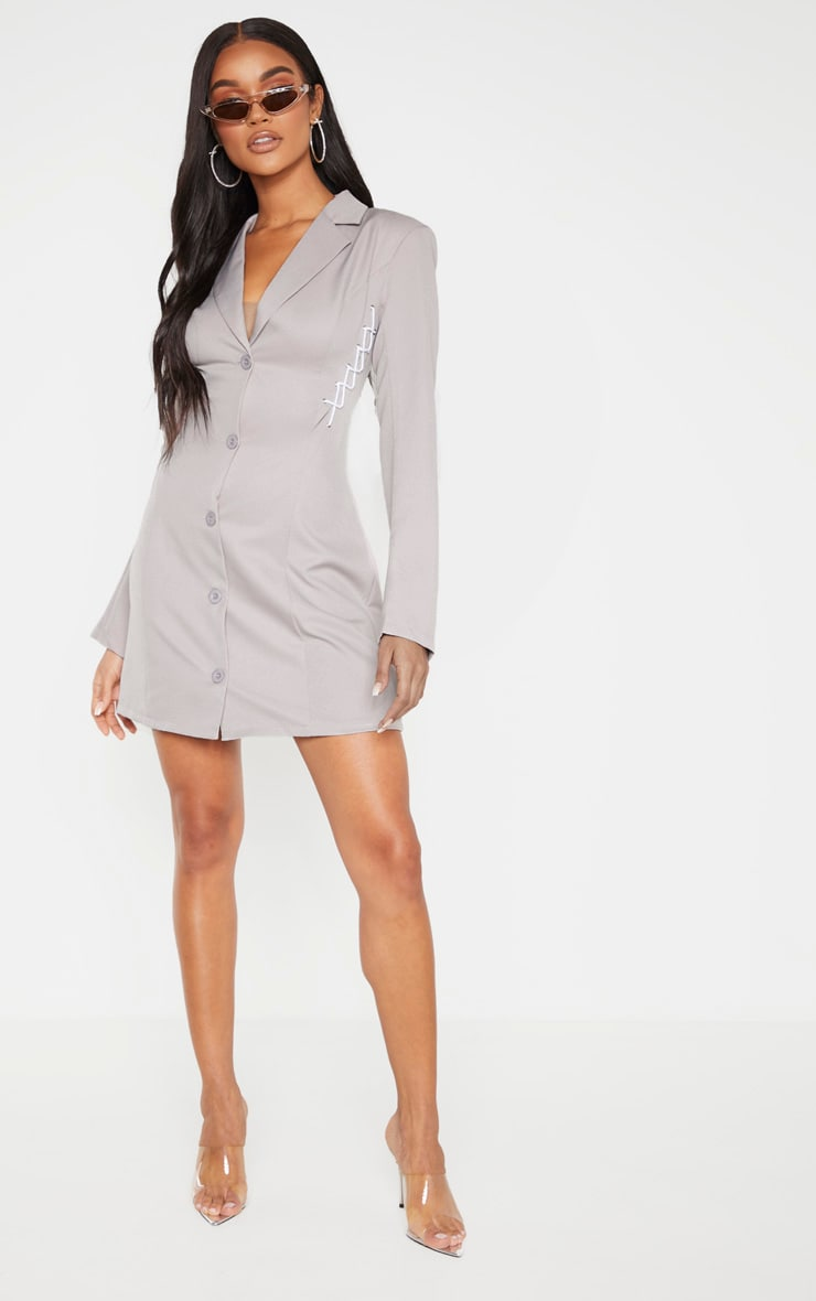 Robe blazer grise à détail lacets 4
