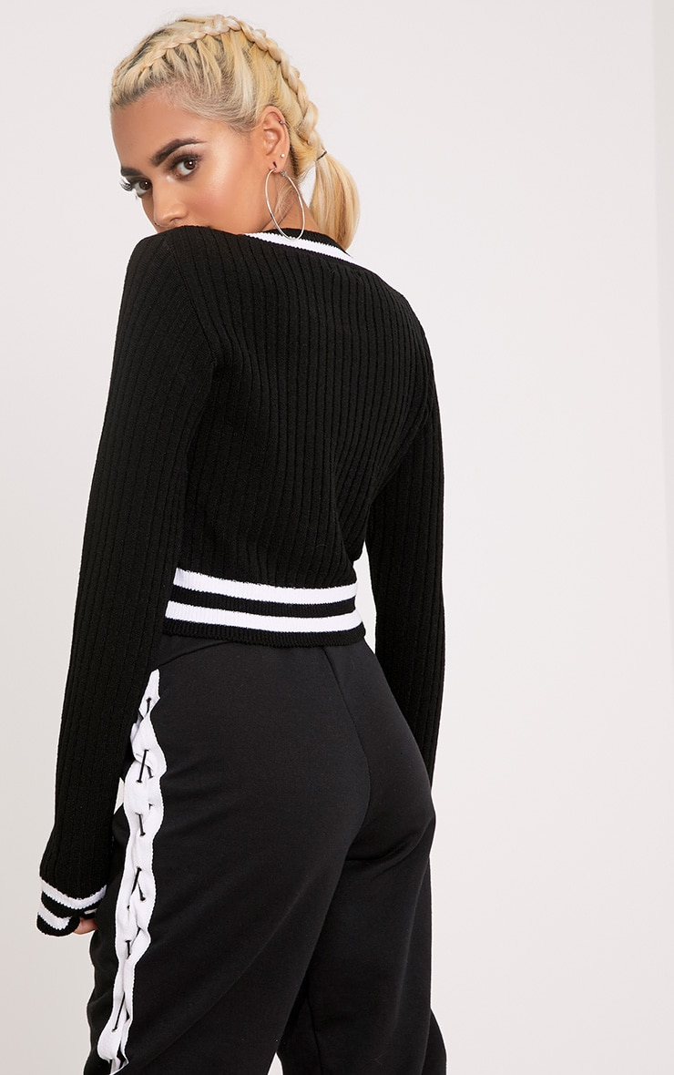 Zofia Black Tipped Knitted Crop Top 2
