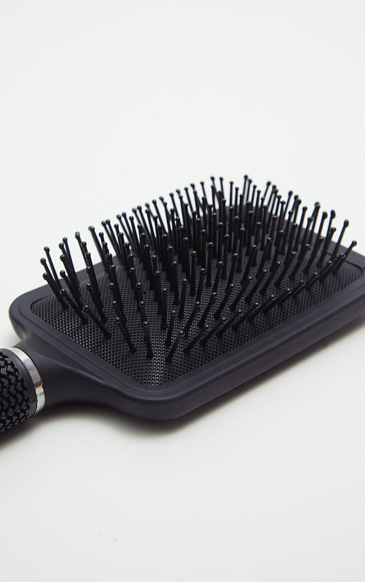 Brosse à cheveux plate 3