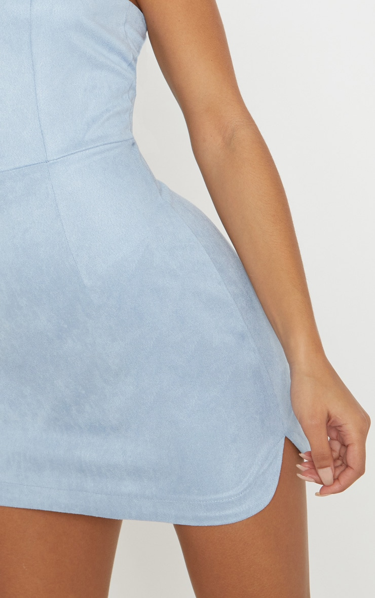 Robe moulante bandeau bleu poudré imitation daim 5