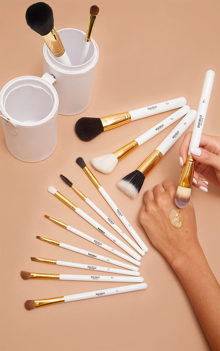 Beau Belle Brushes Gold Pot Set 3