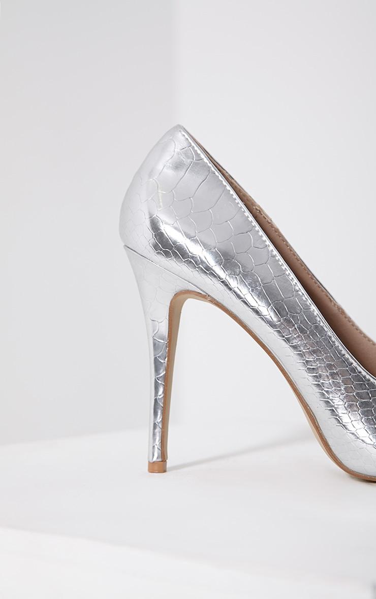 Lori Silver Metallic Snake Skin Pointed Court Heels 6
