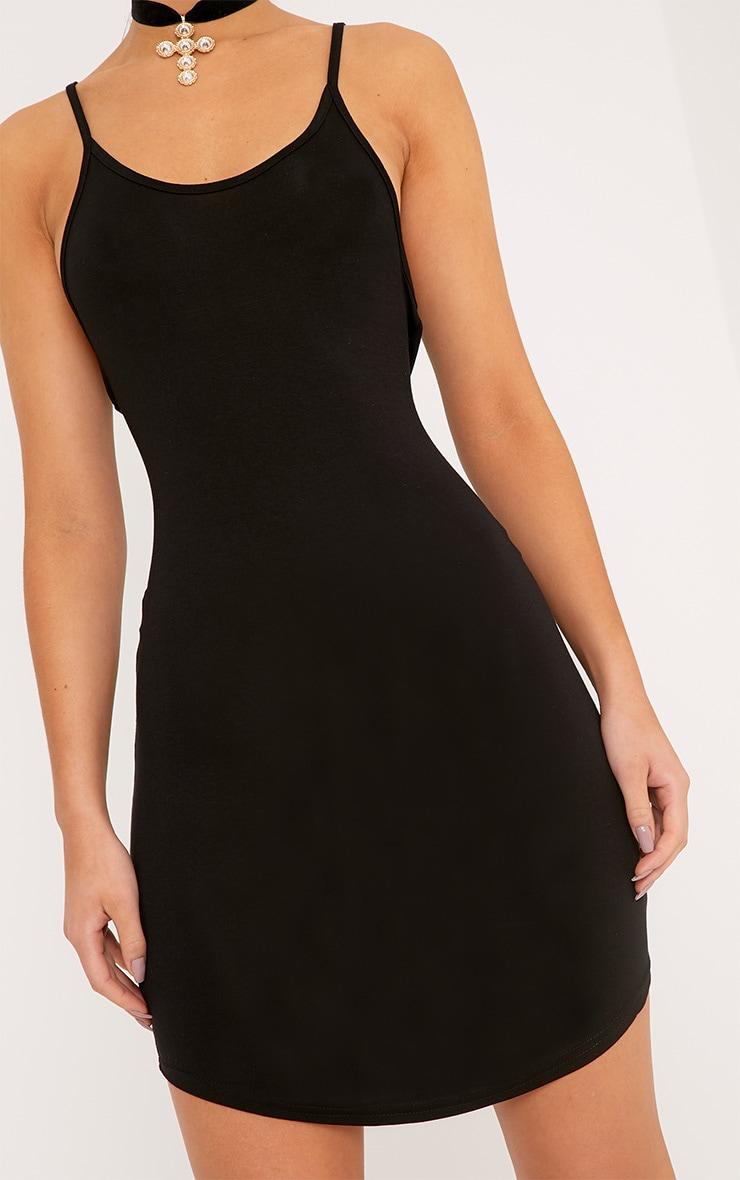 Basic robe mini noire à bretelles en jersey 5