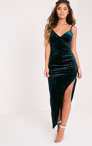 Sansia Green Crushed Velvet Maxi Dress | PrettyLittleThing QA