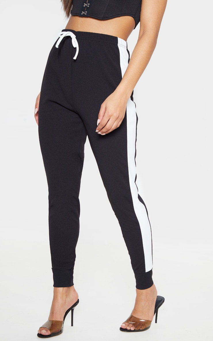 Black Side Stripe Detail Jogger 2