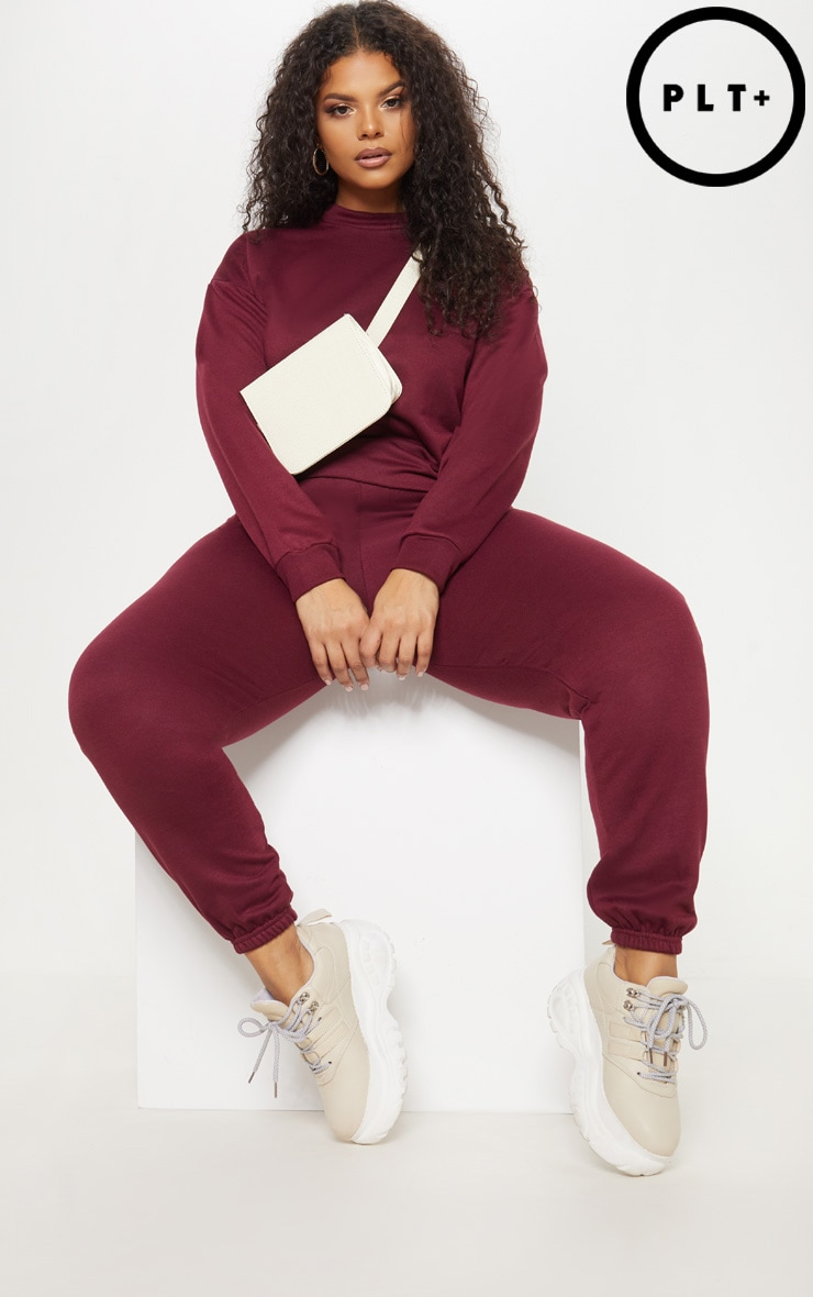 Plus Burgundy Joggers by Prettylittlething