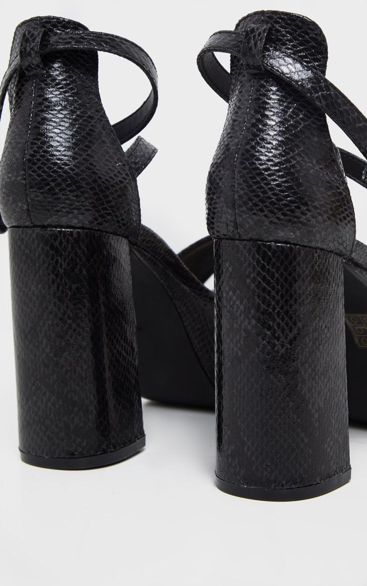 Sandales plateformes en serpent noires à brides cheville et talons bloc 4