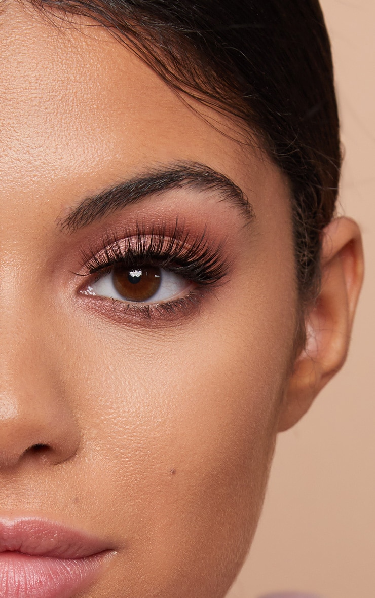 Land of Lashes Luxury Faux Mink Paris 3