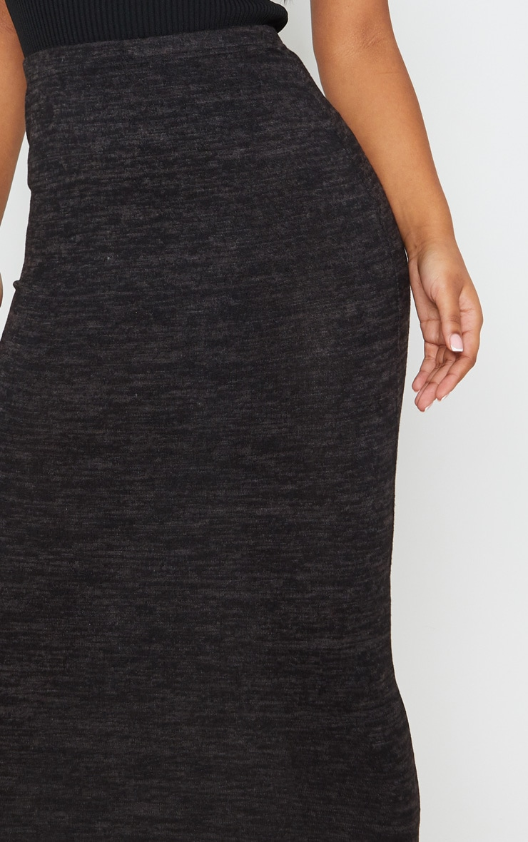 Jupe longue noire style brossé 5
