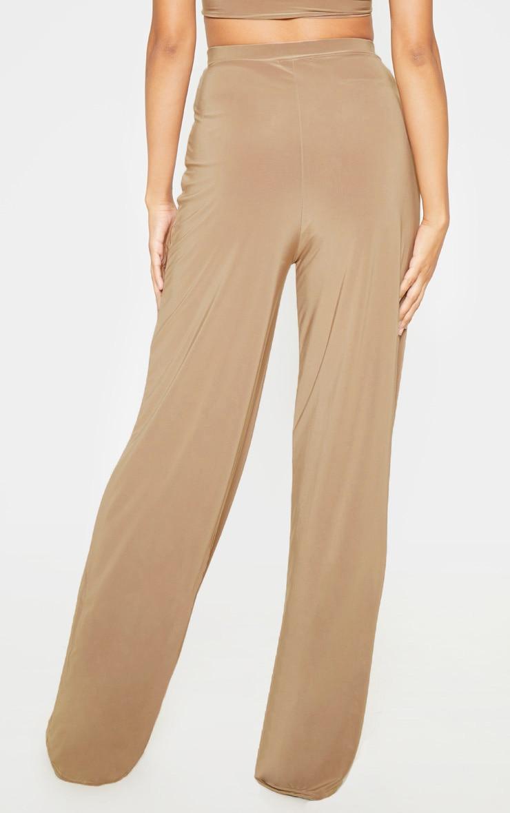 Pantalon camel évasé à taille cintrée 4