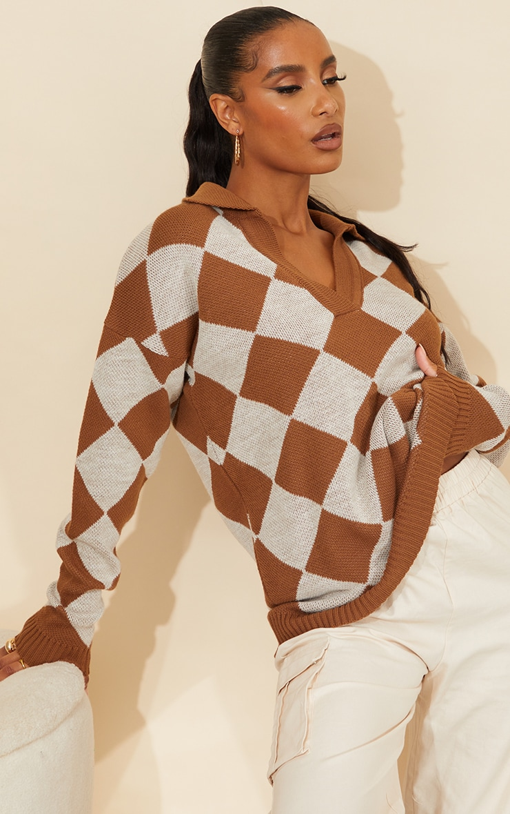 Brown Argyle Pattern Knitted Collared Sweater 1