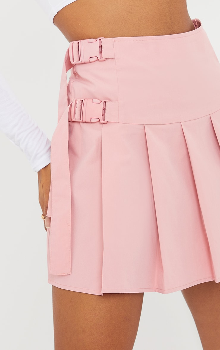 Baby Pink Buckle Detail Woven Pleated Mini Skirt 5