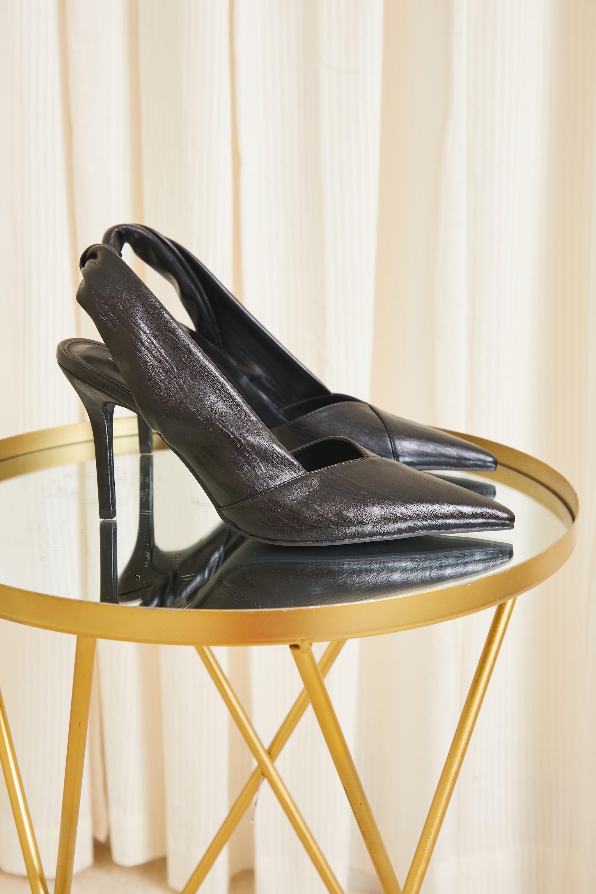 Black PU Point Toe Twist Detail Sling Back Heels 3