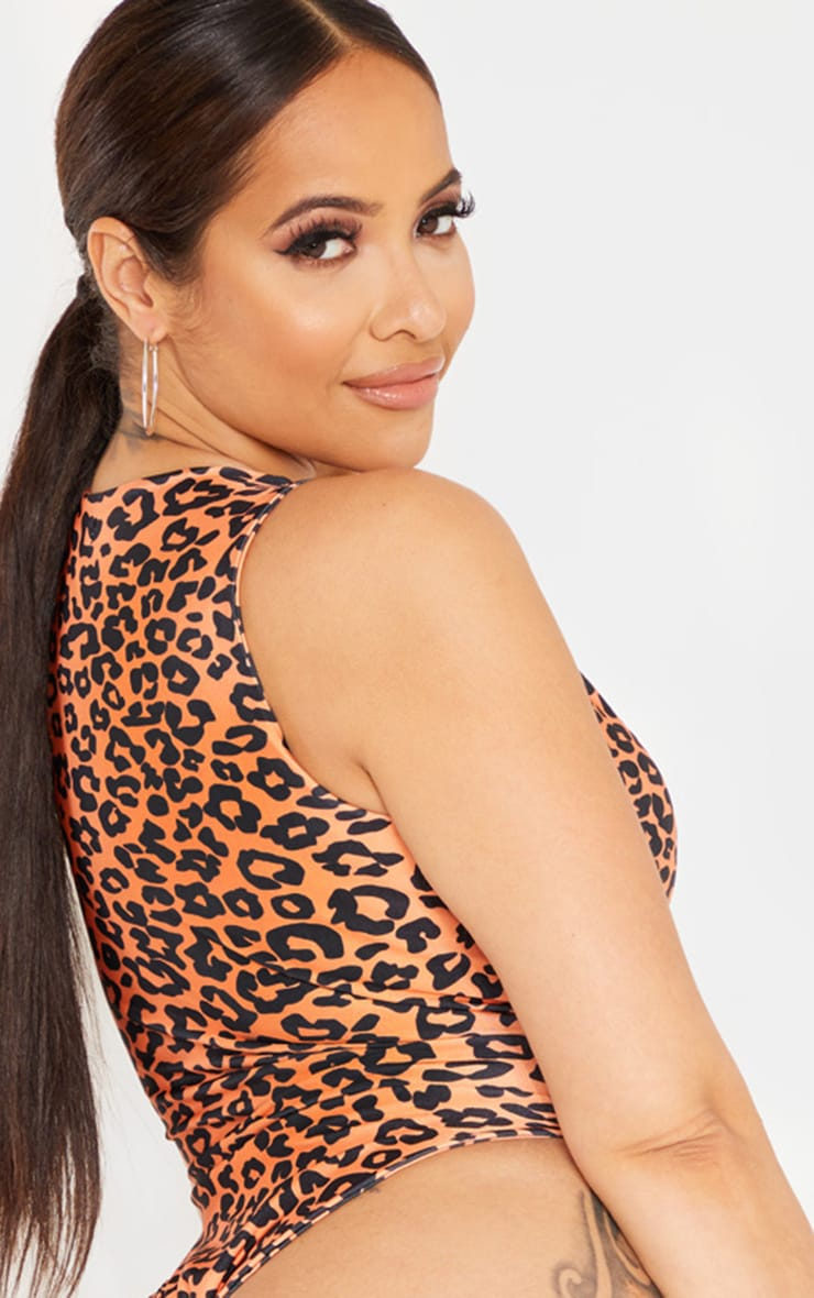 Shape Orange Leopard Print V Neck Buckle Waist Swimsuit  2