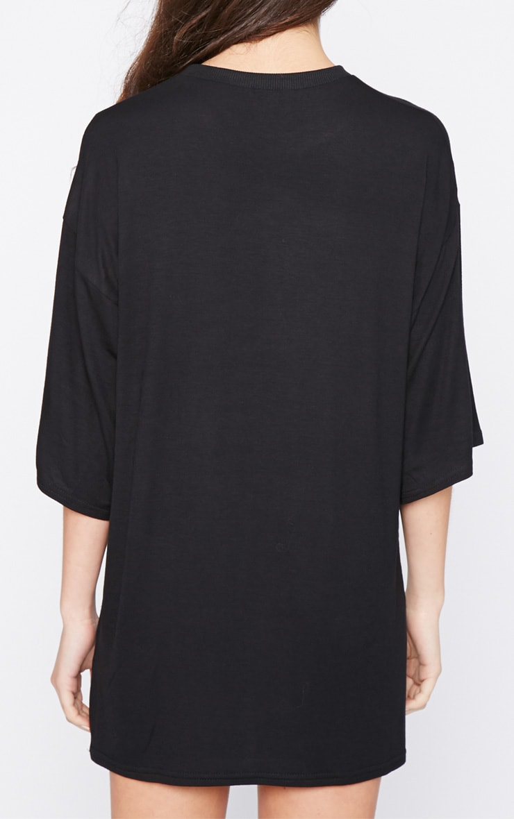 Ashley Black Oversized Olsen Twin Tee  2